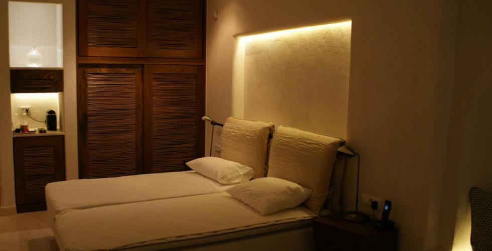 Sample photo of bedroom lighting